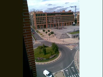 EasyPiso ES - ESTUDIANTES/PROFESIONALES, Pamplona - 240 € por mes