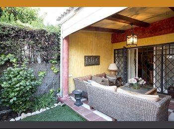 EasyPiso ES - Dos habitaciones de lujo. PENSION COMPLETA, BAÑO PRIVADO y facturas incluid, Sevilla - 500 € por mes
